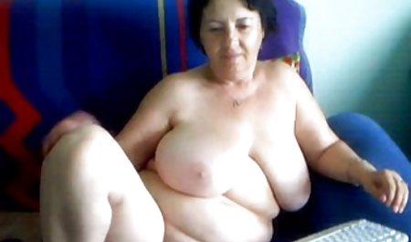 유로 육안 여성과 함께 큰 엉덩이 슬레이브