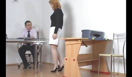 귀영나팔,이모,매춘부,레즈비언 르 줄리아 Mikhalkova