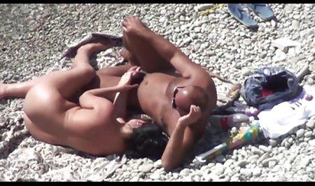 스페인 섹스 비디오를 온라인으로 벌 거 벗은 병아리 표시